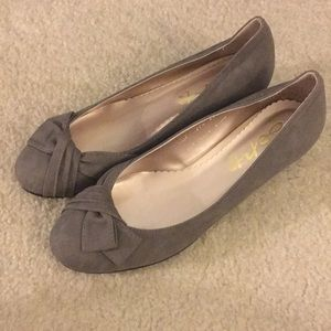 Gray Kitten Heels (Made in Korea)